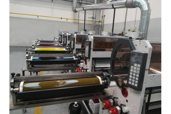 OMET VaryFlex V2 850 – The perfect finishing equipment for digital printing machines